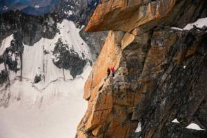Caroline Ciavaldini en la via 'Voie Petit', en los Alpes. THE NORTH FACE